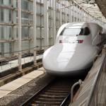 子どもが無料で新幹線に乗れるのは何歳まで?家族でお得に乗車する方法まとめ