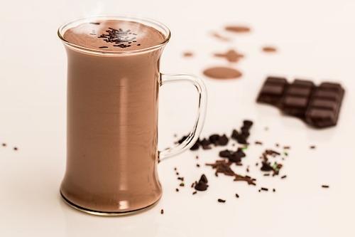 ココアに含まれるカフェイン量