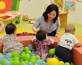 6ヶ月〜18ヶ月の子どもが遊べるベビーゾーン