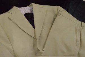 オーダーシャツの生地とジャケットをあわせてイメージを確認
